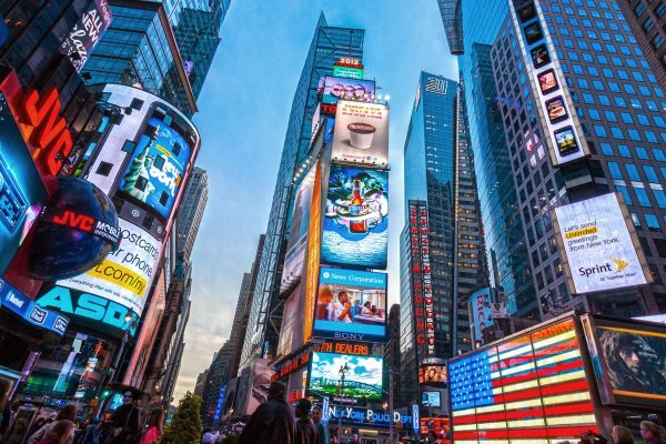 ooh-advertising-trends-times-square